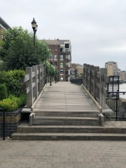Walk - Thames Path north bank - Section 3 of 4 - 00036