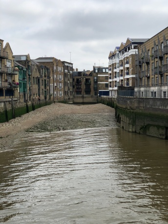 Walk - Thames Path north bank - Section 3 of 4 - 00040