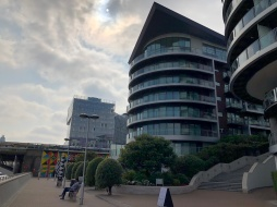 Walk - Thames Path south bank - Section 2 of 4 - 00024