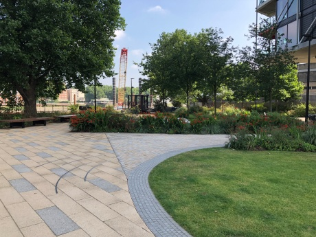Walk - Thames Path south bank - Section 2 of 4 - 00043