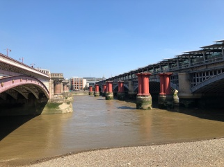 Walk - Thames Path south bank - Section 2 of 4 - 00076