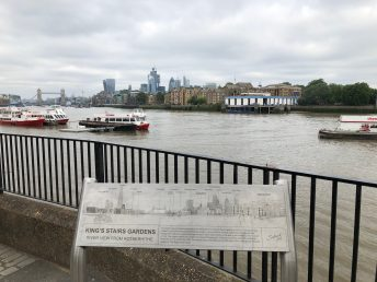 walk-thames-path-south-bank-section-3-of-4-00014