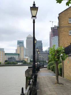 walk-thames-path-south-bank-section-3-of-4-00020