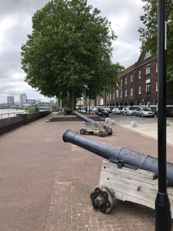 walk-thames-path-south-bank-section-3-of-4-00030